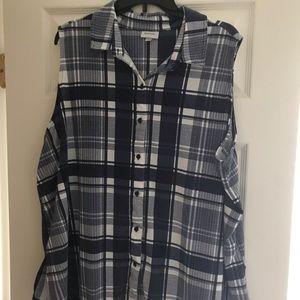 Paid sleeveless shirt
